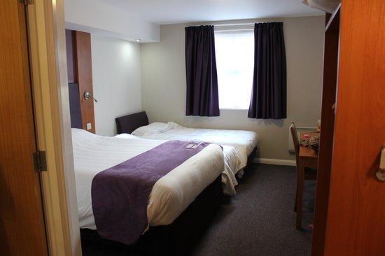 Premier Inn Sandhurst Hotel: Room 23