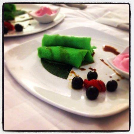 Sun Island Hotel & Spa Legian: Coconut Crepes - yum!