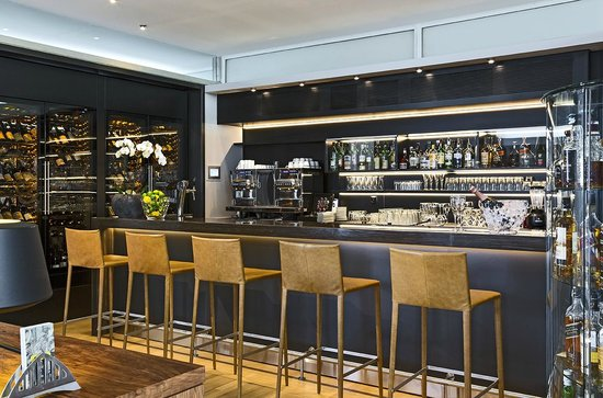Hotel Palafitte: Bar