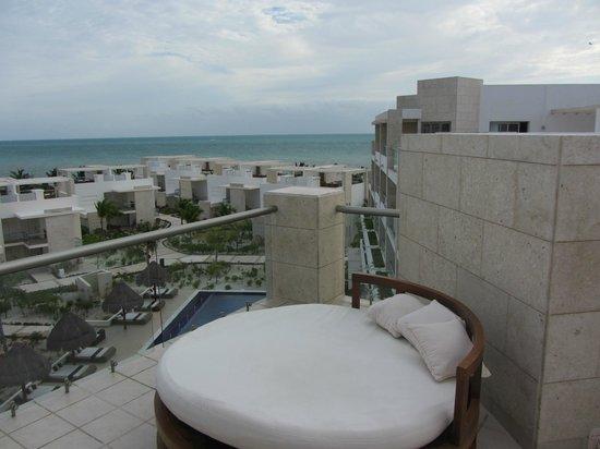 Beloved Playa Mujeres: Lazy bed