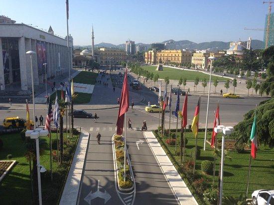 Tirana International Hotel & Conference Centre: Dalla terrazza della colazione
