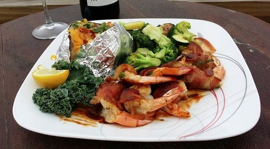 Redfish Willies Waterfront Grill : Fresh seafood in Aransas Pass, Texas