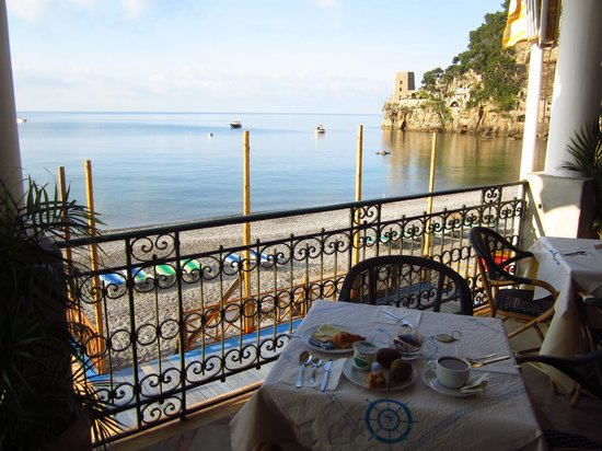 Hotel Pupetto: Breakfast view