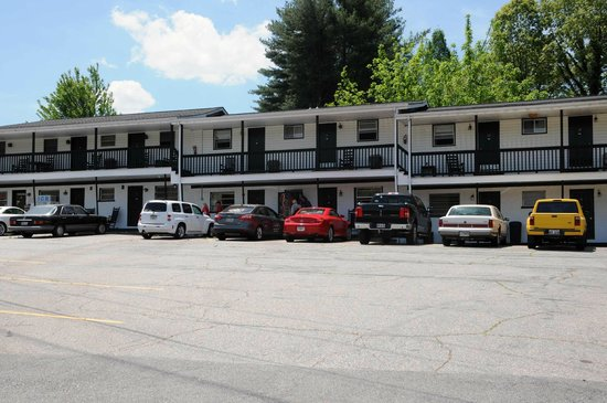 mull 39 s inn motel reviews hiawassee ga tripadvisor. Black Bedroom Furniture Sets. Home Design Ideas