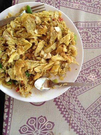 Hotel Deep Mahal: Biryani de Queso y Huevos