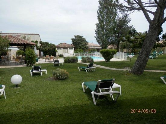 Best Western Hotel Paradou: vue de la terrasse de la chambre