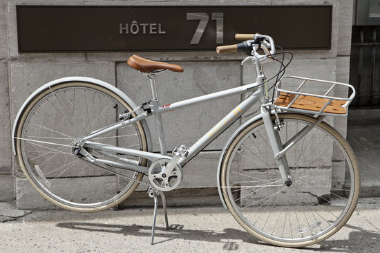 Hotel 71: We offer bikes for a nice ride!