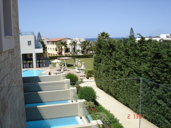 Castello Boutique Resort & Spa: view to the north over private plunge pools towards the sea