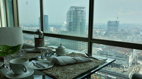 Sheraton Surabaya Hotel & Towers: View from club