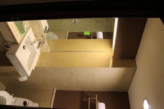Grand Ixora Kuta Resort : Rest Room