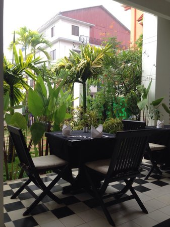 Apsara Centrepole Hotel: The restaurant
