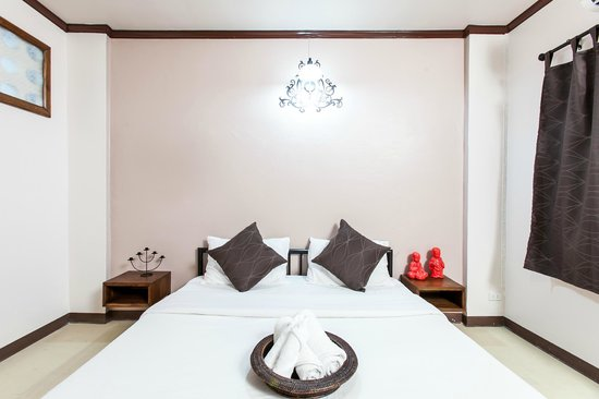Anoma 2 Bed And Breakfast: Room