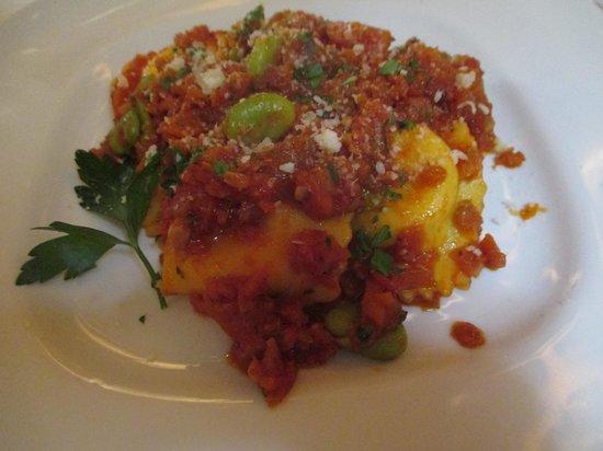 Mamma Luisa Restaurant : ラビオリ