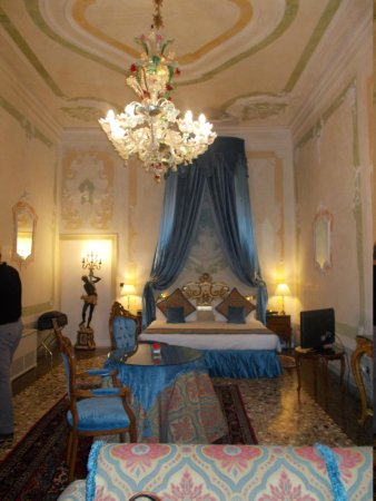 """Palazzo Paruta: our """"Blue"""" room"""