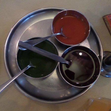 Bollywood Bites : Coriander, Tamarind and Chilli sauces