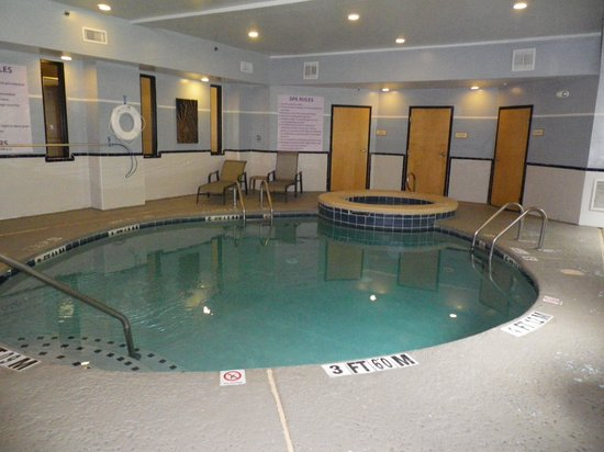 Pool picture of best western plus richmond hill inn - Centennial swimming pool richmond hill ...