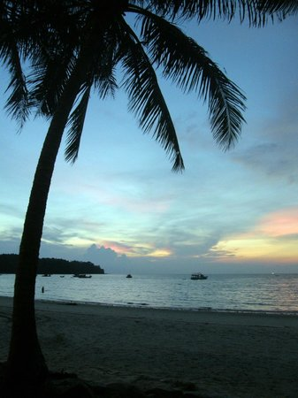 Best Western Premier Bangtao Beach Resort & Spa: Sunset