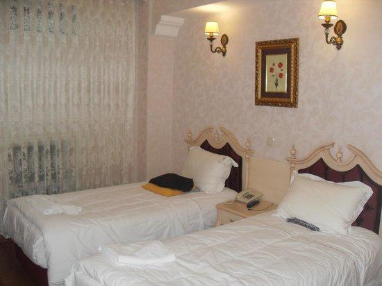 Amiral Palace Hotel: Doppelzimmer