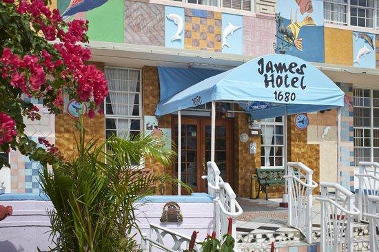 James Hotel : A funky SoBe alternative
