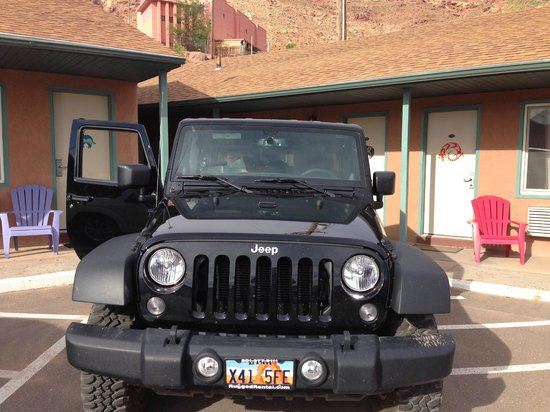 Inca Inn : Our Jeep parked in front of Room 109