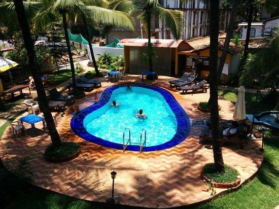 Dona Julia: pool view