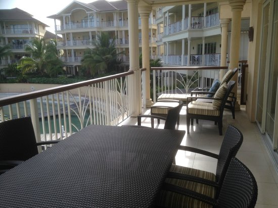 The Landings St. Lucia: Beautiful 2nd balcony with marina/harbor views.