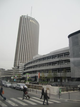 Palais des Congres de Paris: торговый центр