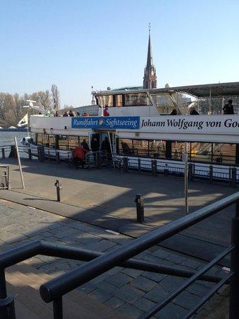 Primus-Linie: Embarque e Desembarque
