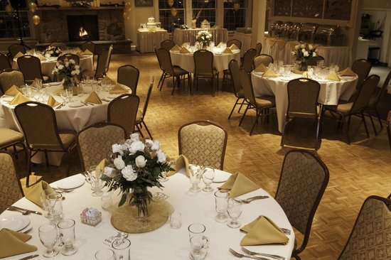 The Gloucester House Restaurant: A 50th Anniversary Party in The Compass Rose Room. Via Allyson Voner Photography