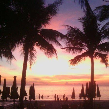 Kamala Beach Resort (a Sunprime Resort) : ^^