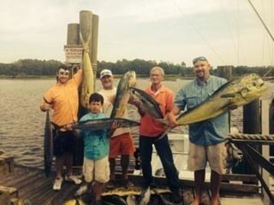 Lucky Strike Charters : Another blue water trolling trip