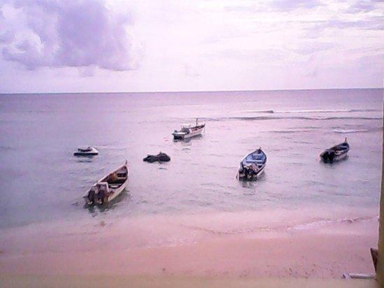 Conrado Beach Resort: Superior Room