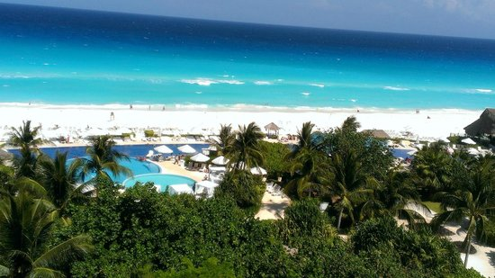 Live Aqua Beach Resort Cancun: View from 3rd floor Room
