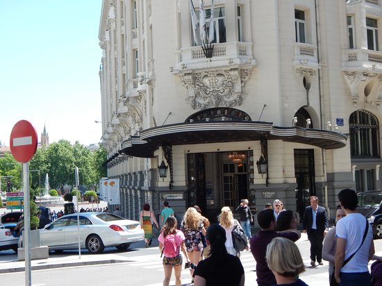 The Westin Palace Madrid : Hotel Exterior