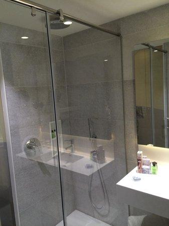 H10 Art Gallery : La salle de bain
