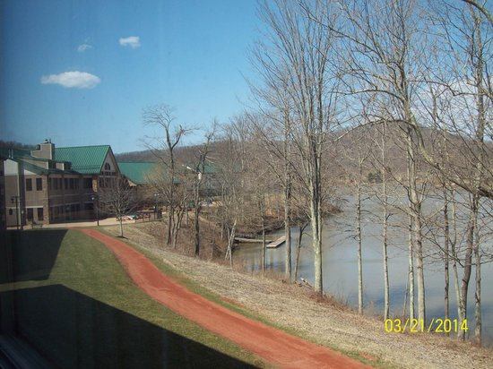 Stonewall Resort: Room 233 left view