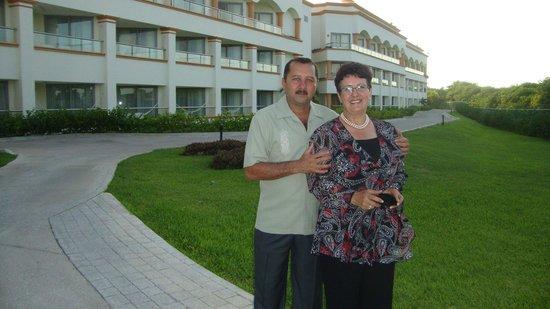 Heaven at the Hard Rock Hotel Riviera Maya: parte de uno de los edificios del hotel