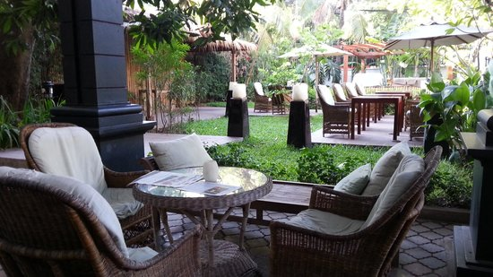 The Governors House Boutique Hotel Phnom Penh: Outdoor area