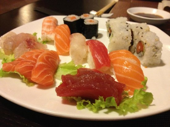 Zyu Fushion Restaurant: sushi misto