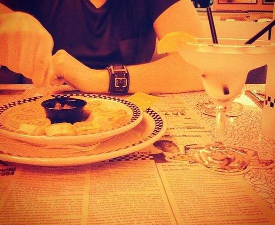 Tommy's Diner Caen: L'entrée à partager