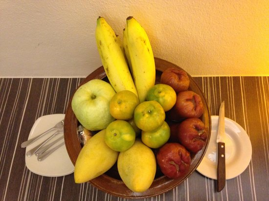 Bossotel Bangkok: Welcom fruit basket