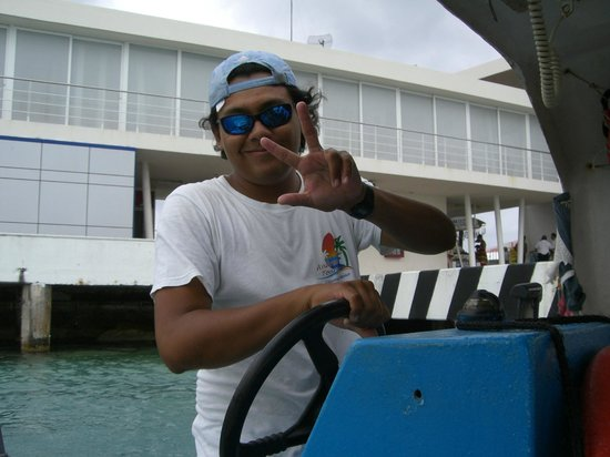 The Amazing Cozumel Race: Our boat captain for a part of the excursion.