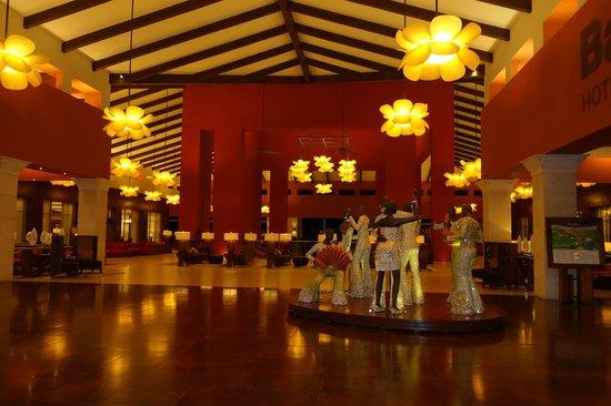 Barcelo Bavaro Palace : hotel lobby