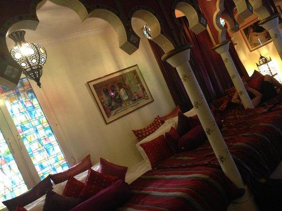 Tempat Senang Resort: Abu Dhabi harem suite
