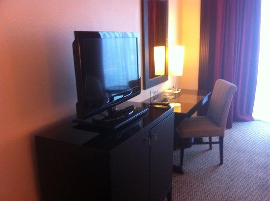 Millennium Hotel Sirih Jakarta : Room