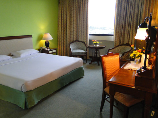 Metropole Hotel Phuket : Superior Room