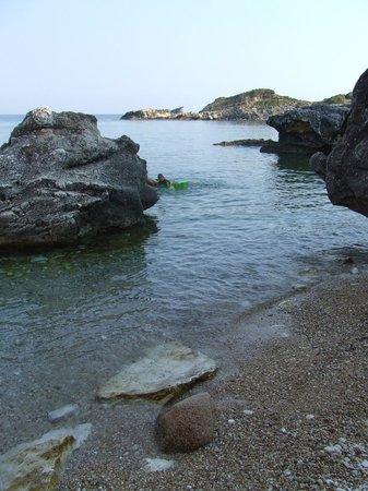 Porto Skala Hotel & Village Resort : La spiaggia
