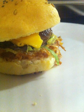 La Pintxoteca : minihamburguesa