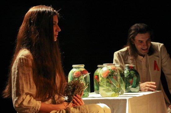 """Novgorod Theatre For Children and Youth Maly: Спектакль """"МЕТЕЛЬ"""" по мотивам повести А. Пушкина"""