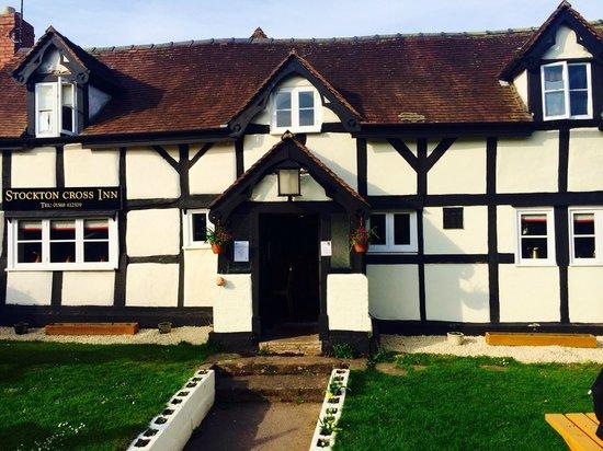 Stockton Cross Inn: Front Entrance